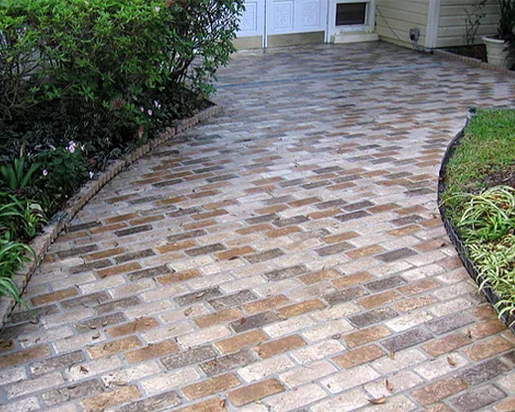 Runningbond pattern outdoor front walk way Floor in the Autumn Brown color.