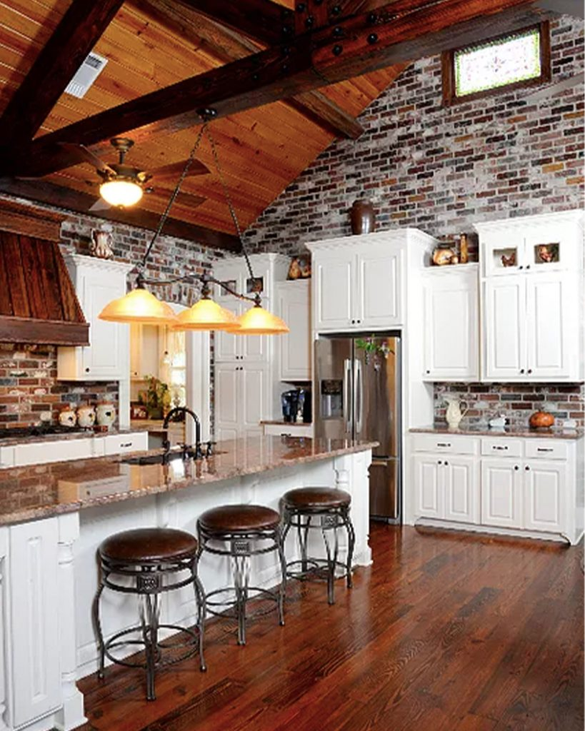 Face Brick pattern interior kitchen Wall in the Rose Hill color.