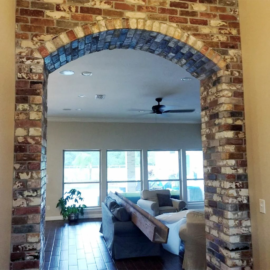 Face Brick pattern interior archway Wall in the Rose Hill color.