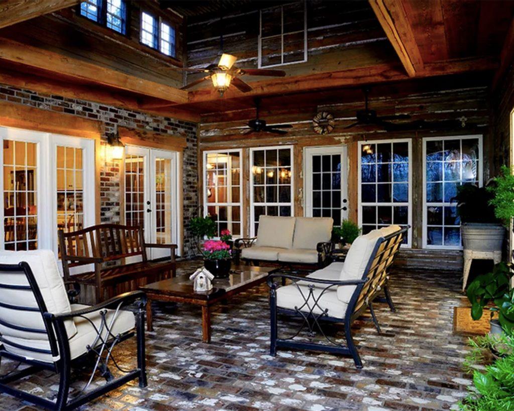 Outdoor Floor in St. Louis color with Runningbond pattern