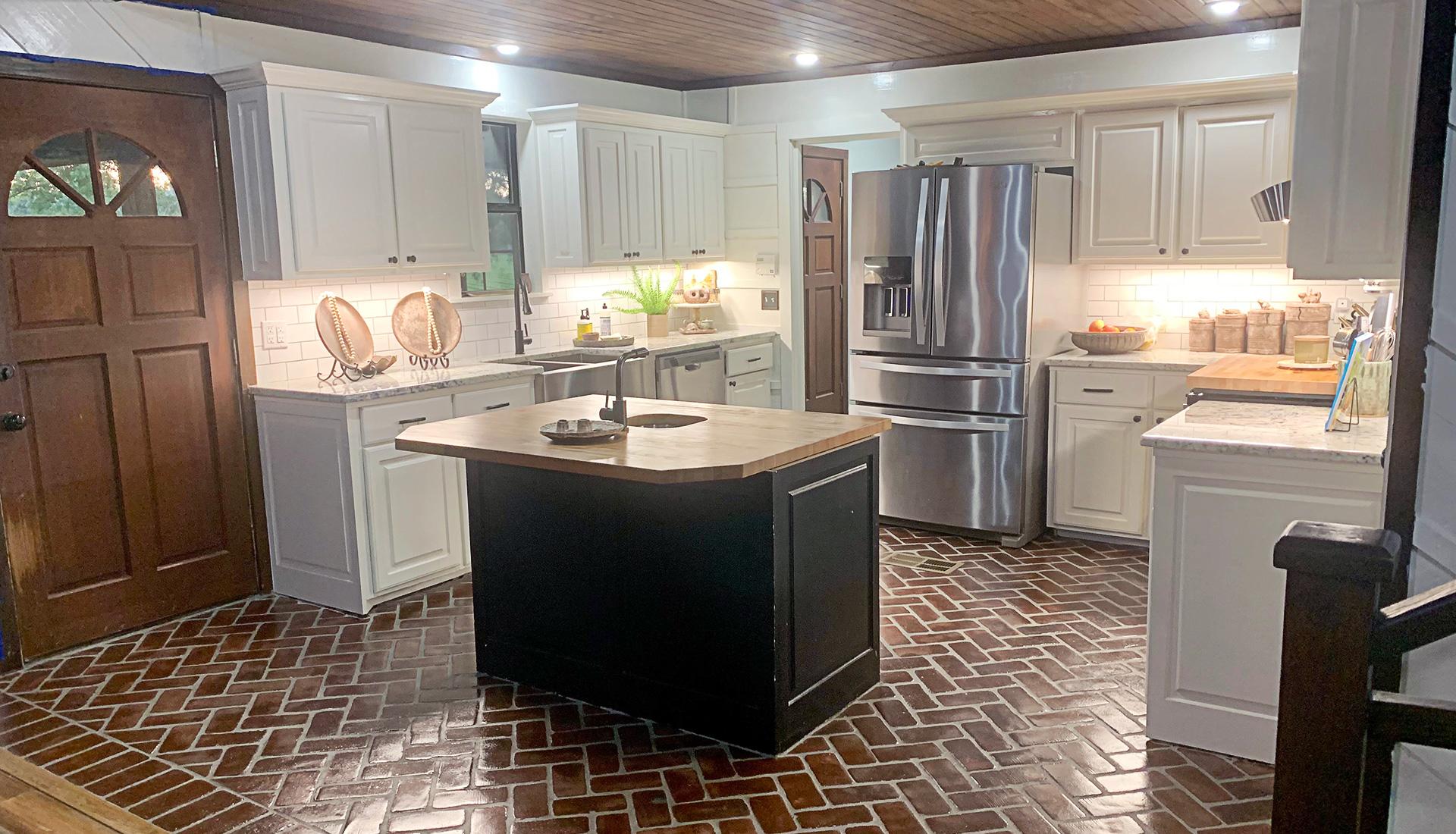 Herringbone Baton Rouge brick in a kitchen