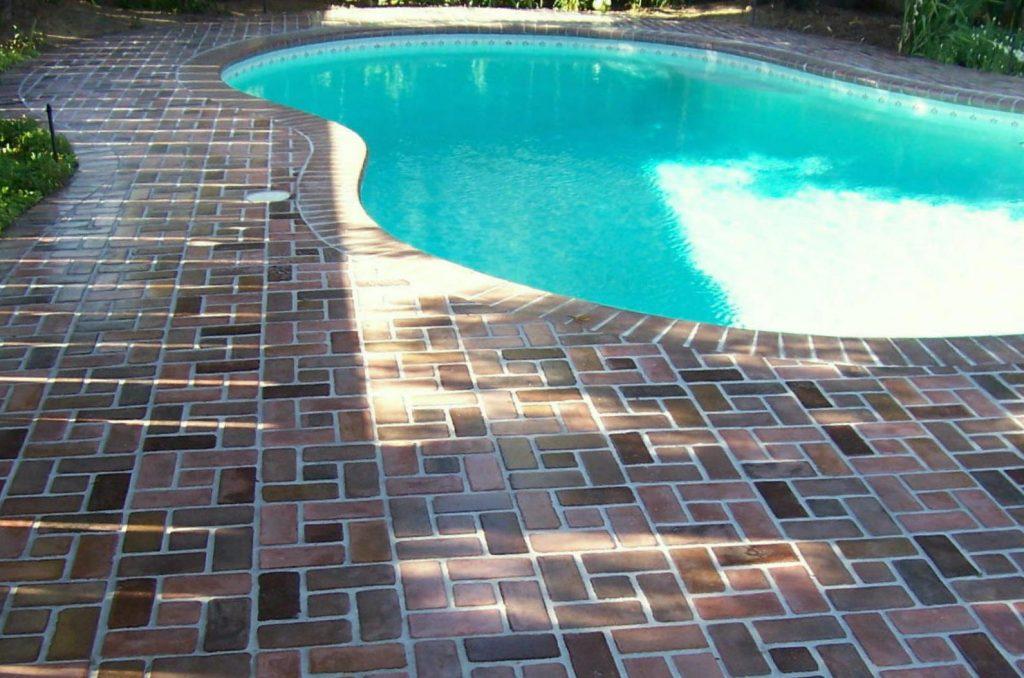 Pinwheel thin brick on a swimming pool deck